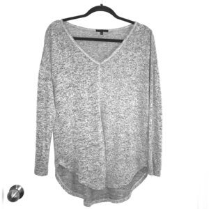 STACCATO Hacci V-Neck Long Sleeve (Size SMALL)